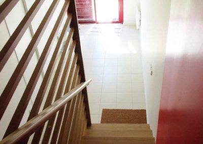 villas-guethary-escalier